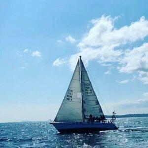 яхта джулия